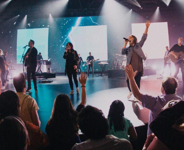 8 Worship Songs To Inspire Hope | Freeccm com